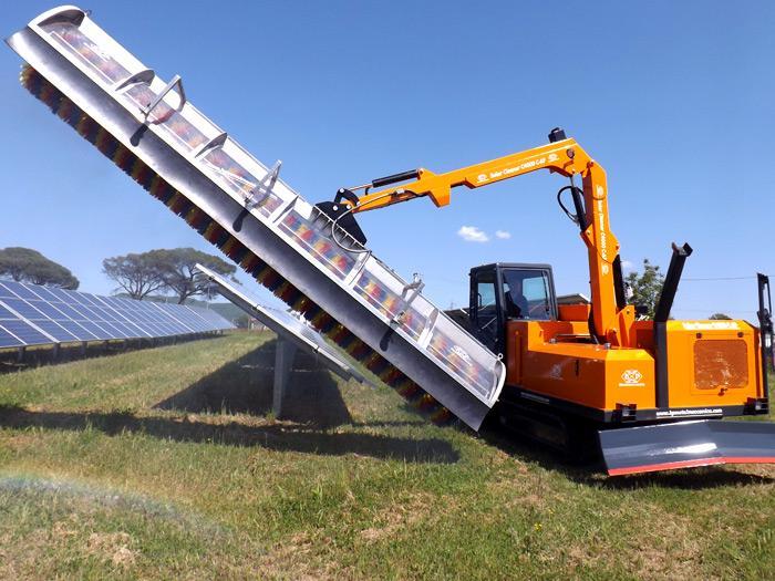 SOLAR CLEANER  F4000 Telescopic - Macchine per la pulizia e il lavaggio di pannelli fotovoltaici